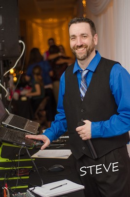Wedding DJ Steve Barrett