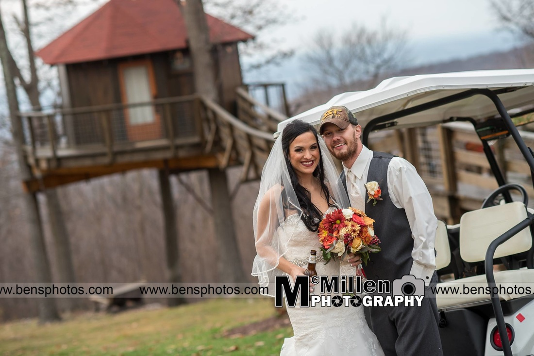 Bride and groom at the tree house